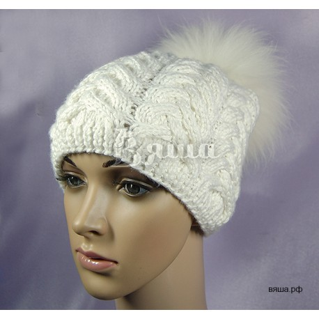 Женская зимняя шапка Аристократка, белая, с меховым помпоном, Вяша