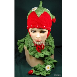 """Шарф детский """"Ажурный с клубничками"""", зелёный, вязаный, для девочек"""